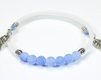 Blue cracked agate bracelet