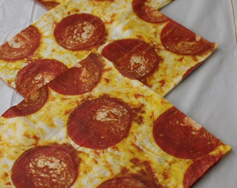 Paper napkins for decoupage;Pepperoni Pizza napkins;Decorative napkins;Set of 4 napkins;Decoupage napkins;Paper crafts;Decoupage supplies