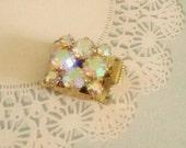 vintage gold plated three strand swarovski crystal clasp no.1018-15