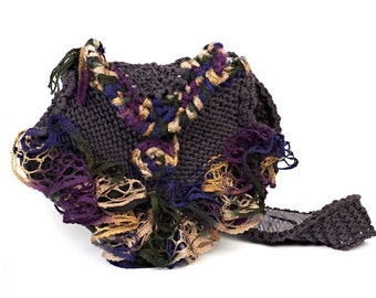 Knitted hand bag