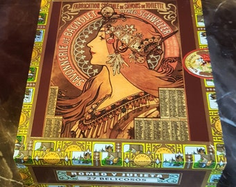 Recycled cigar box. Vintage style French decorative