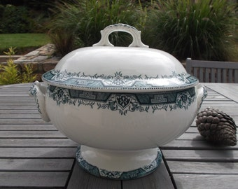 Shabby chic tureen Earth St Amand & Hamage - french ironstone soup tureen