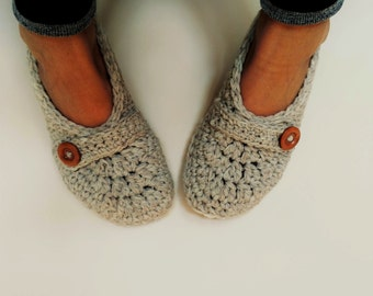 bedroom shoes for womens.  Womens slippers Etsy