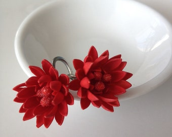 Red Flower Vintage Screwback Chrysanhemum Dahlia earrings