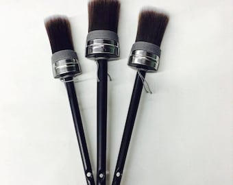 Superior Oval Chalk Paint Brushes