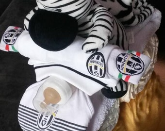 Diaper cake in the shape of a motorcycle, Juventus