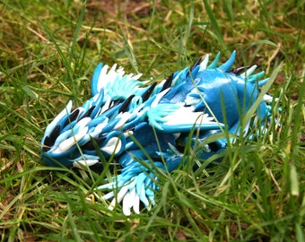 Spike - blue and white dragon