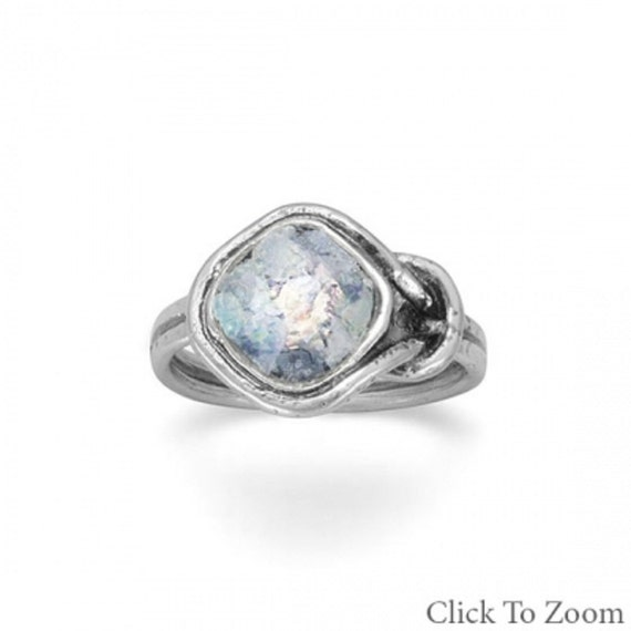 Roman Glass Knot Design Ring