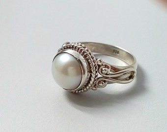 Pearl silver ring, pearl ring, handmade ring size 5,6,7,8,9,10,11,12, statement ring, gift for her ring