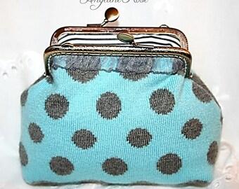 polka dot purse, polka dot clutch, turquoise purse, turquoise clutch, knitted purse, cute purse, unique purse, metal frame purse, kiss lock