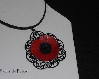 Pendant filigree flower poppy leather
