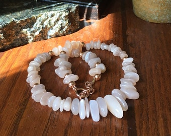 Peach Moonstone Necklace, Rose Gold Beads, Statement Jewelry, Semi-precious gemstones, 13th Anniversary Gift for her, Zodiac Birthstone