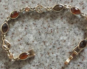 Eye-Candy ! Sugary Sweet Simulated Brown Topaz Bracelet- gold tone