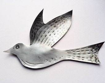 Medium silver metal birds