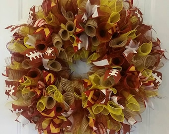 Football wreath. Can be customized for any team and decals can be added.