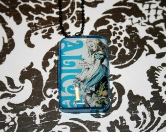 Classic Alice in Wonderland Necklace
