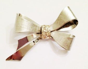Vintage Coro Bow Pin with Rhinestone center