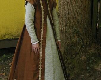 Renaissance Surcoat Set