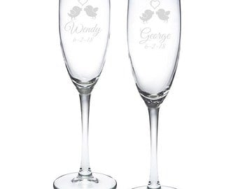 Personalized Love Birds Toasting Flutes (MICPLBFETF52)