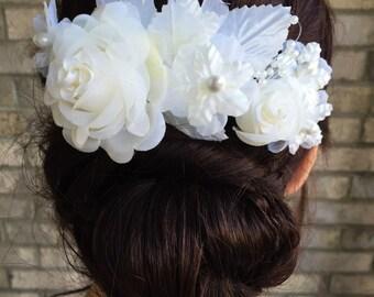 Cream colored bridal hair comb,floral bridal hair comb, wedding hair piece
