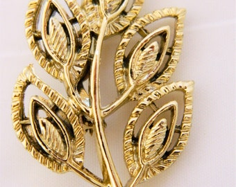 Gerry's Brooch, Vintage Brooch, Leaf Brooch, Leaf Pin, Signed Gerry's, Mid Century, Gold Tone Brooch, 60s Brooch, 60s Pin