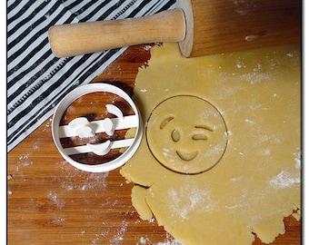 Cookie Cutter Emoticone Emoji Smiley wink