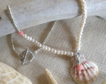 Beaded Shell Charm Necklace in Pinks