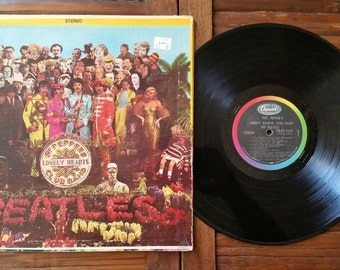 The Beatles Sgt. Peppers Lonely Hearts Club Band. SMAS 2653. 1967. Capitol Records. Vintage Vinyl.
