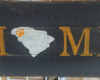 Clemson home signs
