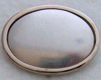 Silver Oval Pin Setting Frame Mounting 104S