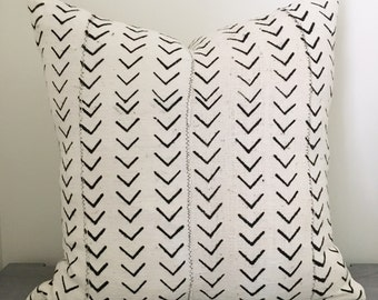Black Arrow African Mud Cloth Pillow Cover