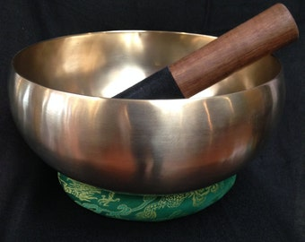 hand Pounded Healing Singing Bowl with Chakar chart