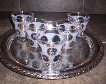 Beautiful set of 5 Retro Drinking Glasses