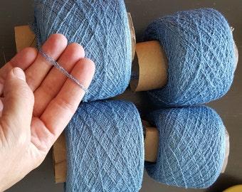 Recycled silk / wool blend yarn - blue