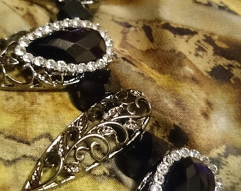 Elegant and Intricate Gothic Talon Necklace