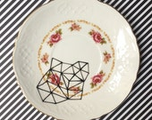 Small decorative plate
