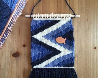Wall weaving ' Fish 'is Blue'