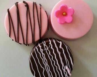 Gourmet Chocolate Covered Oreos Cookies, Baby Shower, Dark Milk Chocolate, Bridal Tea Party, Wedding Buffet, Perfect Favor! Flower Decor!