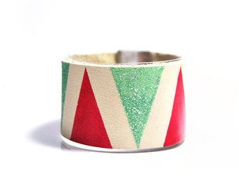 Collection GRAPHIKA: Graphic cuff leather