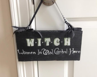 Halloween wood signs, distressed, witch quotes, ribbon