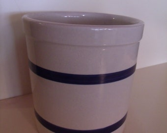 R R P Co Roseville Stoneware Utensil Holder Crock 303-E