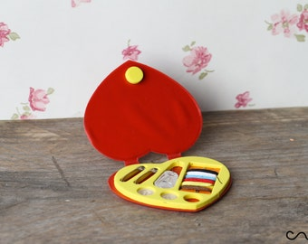 Red Heart Mini Emergency Travel Sewing Kit Case Needles Button Camping Holiday