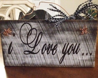 Rustic Barnwood I Love You Sign