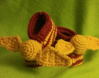 Golden Snitch Baby Booties