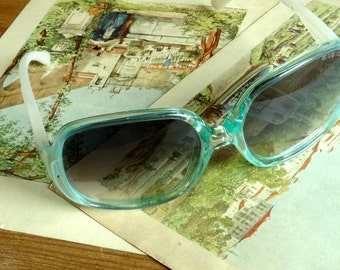 Crazy oversized green sunglasses womens shades frames Honeyrider Electric vintage 1980s . ALL proceeds revert to the animal shelter