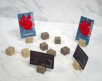 TAG ALONG Card Stands