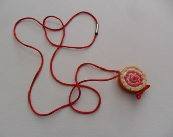 """""""Charlotte Strawberry"""" necklace"""