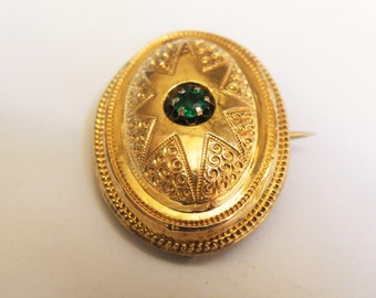 Beautiful old brooch-pendant or Emerald stone