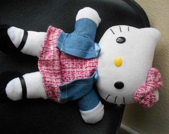 """Hello Kitty Plush Doll Hand Puppet 12"""" tall vgc cute"""