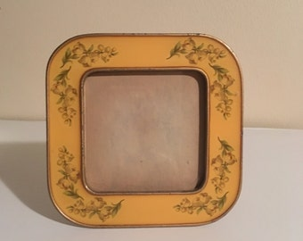 Heavy glass picture frame
